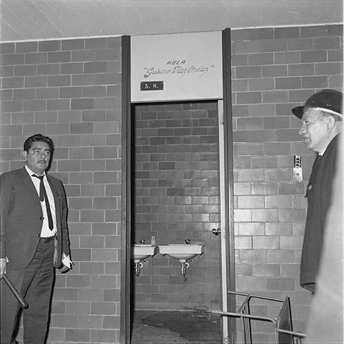 Imagen de MGP2677 (atribuido), Toma Casco detenidos ejército sep 1968 (alternativo)
