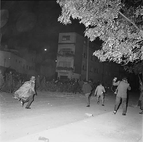 Imagen de MGP2678 (atribuido), Toma Casco detenidos ejército sep 1968 (alternativo)