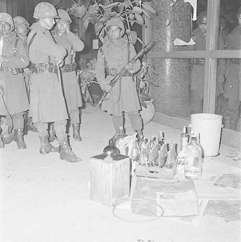 Imagen de MGP2701 (atribuido), Toma Casco detenidos ejército sep 1968 (alternativo)