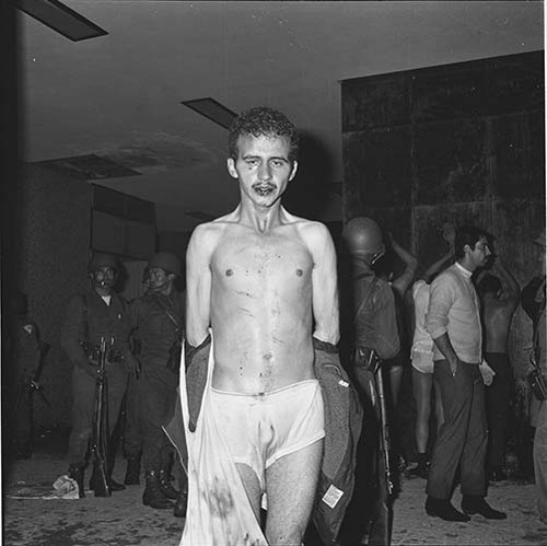 Imagen de MGP3079 (atribuido), Mitin Tlatelolco aprehensión líderes octubre 1968 (alternativo)