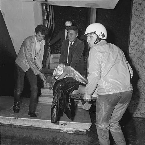 Imagen de MGP3085 (atribuido), Mitin Tlatelolco aprehensión líderes octubre 1968 (alternativo)