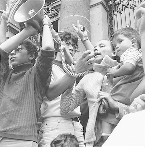 Imagen de MGP3125 (atribuido), Mitin señoras Cámara de Diputados octubre 1968 (alternativo)