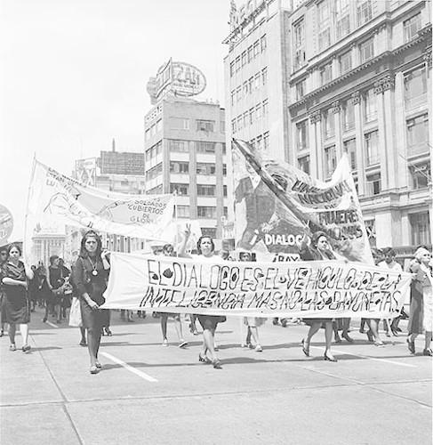 Imagen de MGP3146 (atribuido), Mitin señoras Cámara de Diputados octubre 1968 (alternativo)