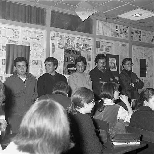 Imagen de MGP2008 (atribuido), Detenidos Vocacional 5 Jefatura Policía 30 julio 1968 (alternativo)