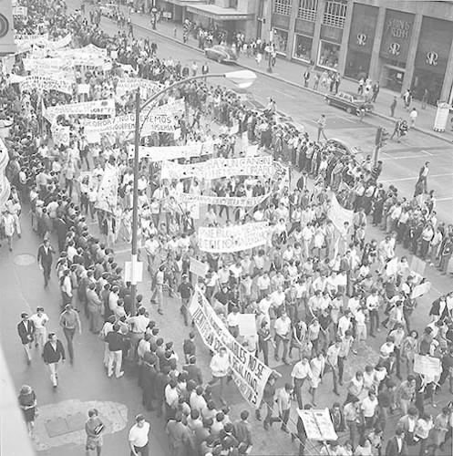 Imagen de MGP2123 (atribuido), Mitin estudiantil martes 13 agosto 1968 (alternativo)
