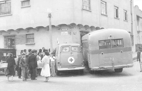 Imagen de Choque de una ambulancia de la Cruz Roja (atribuido)