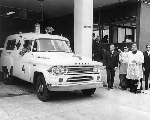 Imagen de Bendición del hospital de la Cruz Roja por el arzobispo (atribuido)