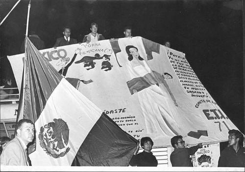 Imagen de Manta en la protesta estudiantil de agosto de 1968 (propio)