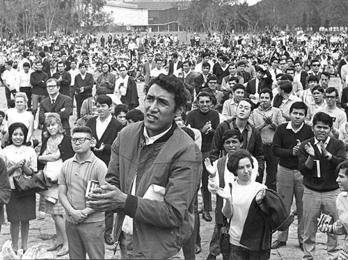 Imagen de Estudiantes manifestándose (propio)