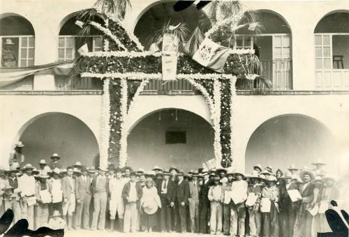 Imagen de Ceremonia luctuosa a Emiliano Zapata (propio)