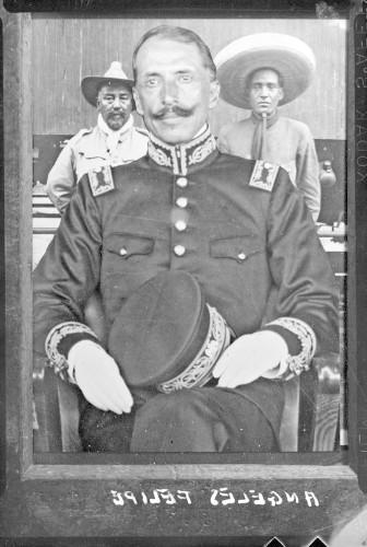 Imagen de Felipe Ángeles, general, reprografia