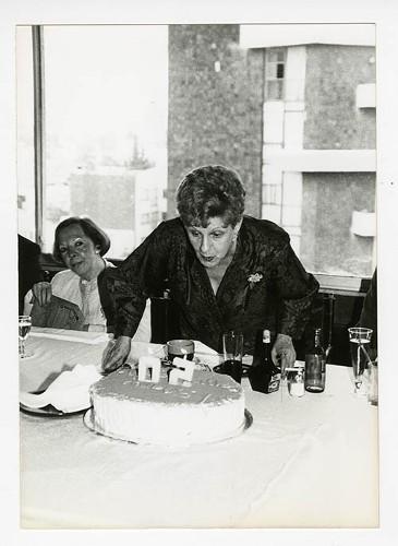 Imagen de Margarita Michelena, durante el 50 aniversario de Margarita Michelena, en la Sociedad de Escritores de México (atribuido)