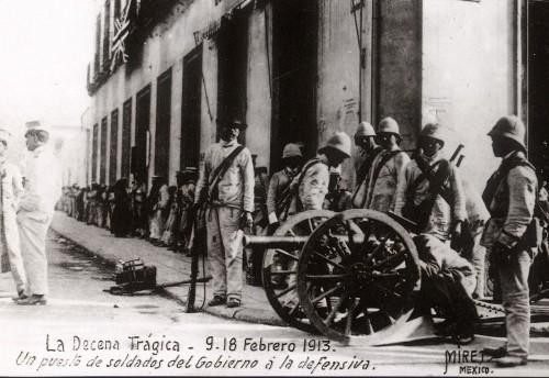 Imagen de Un puesto de soldados del gobierno a la defensiva en la calle de Nuevo México