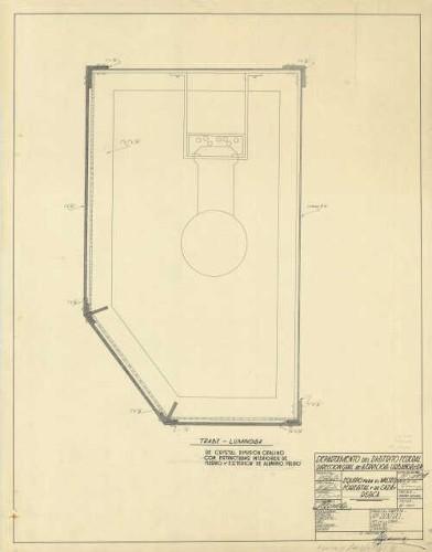 Imagen de Detalle de la trabe-luminosa de cristal difusor opalino con estructuras interiores de fierro y exteriores de aluminio pulido para el museo forestal, caza y pesca, elaborado por A.C. Jiménez