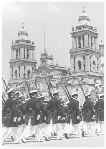Imagen de Desfile militar