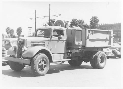 Imagen de Nuevo tanque para el regado en las carreteras