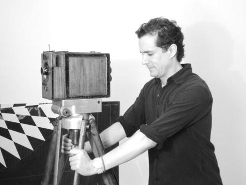 Imagen de Caja negra, cámara con la que se filmó El automóvil gris 1