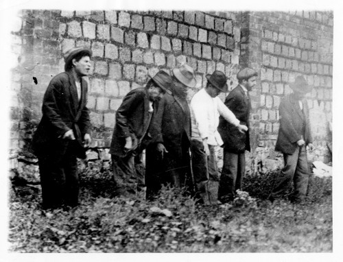 Imagen de Fusilamiento de algunos miembros de la banda del automóvil gris